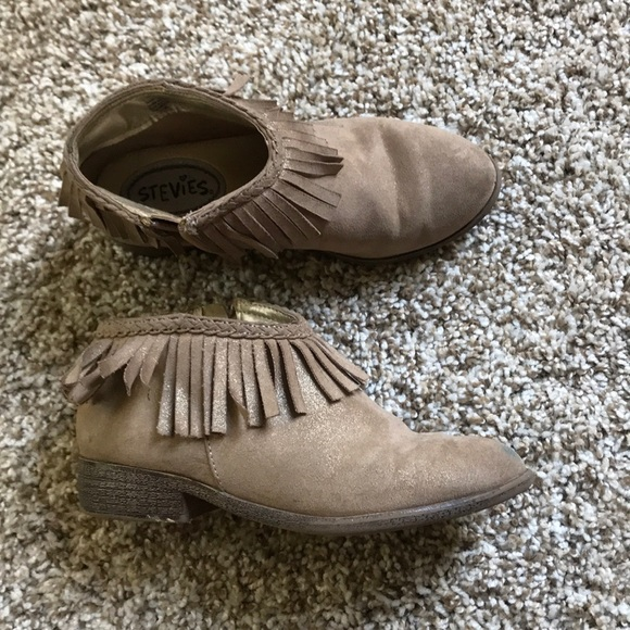 Stevies Other - Girls fringe ankle boots tan size 1